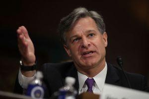 Director del FBI informó que hay más de 2,000 casos de terrorismo doméstico reportados