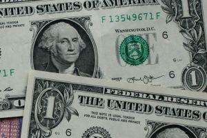 A cuánto se vende el dólar hoy en México: el peso retrocede