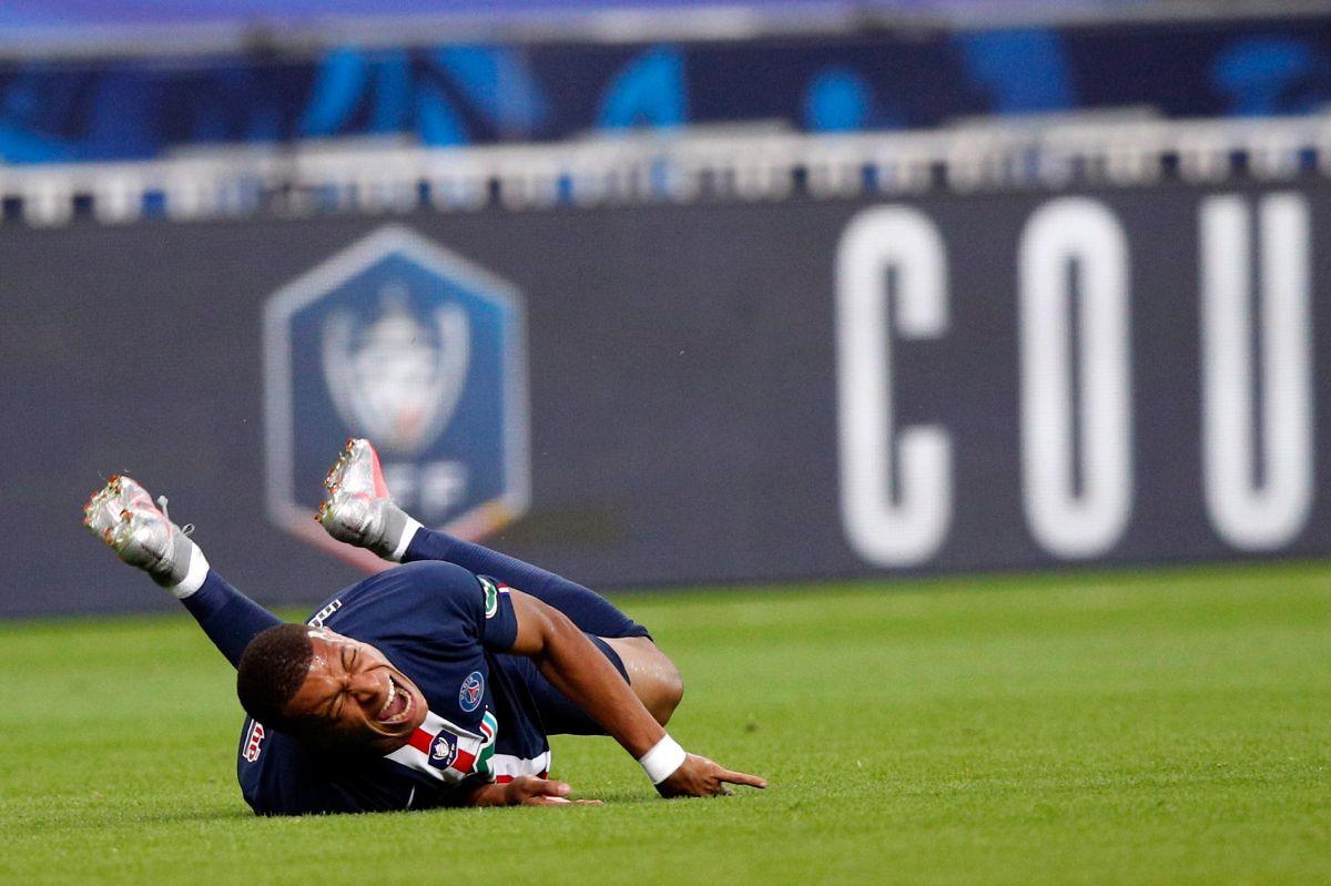 ¿Se perderá la Champions? Kylian Mbappé salió lesionado y todas las alarmas suenan en París