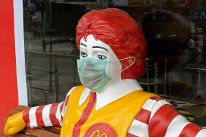 McDonald's se asocia con la Clínica Mayo para proteger a sus empleados y clientes del coronavirus