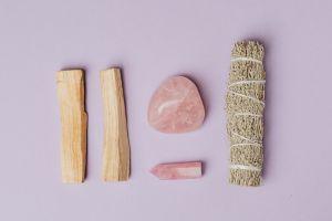 Objetos y amuletos para alejar las malas energías ¡con urgencia!