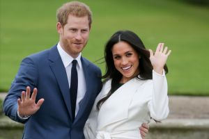 Dan a conocer algunos detalles que saldrán en la biografía de Meghan Markle y el príncipe Harry