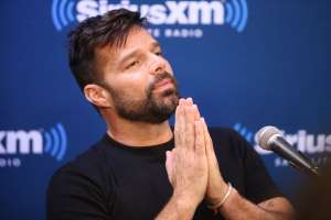 "Ricky Martin le ruega a los latinos que voten: ""Entendamos el poder que tenemos"""
