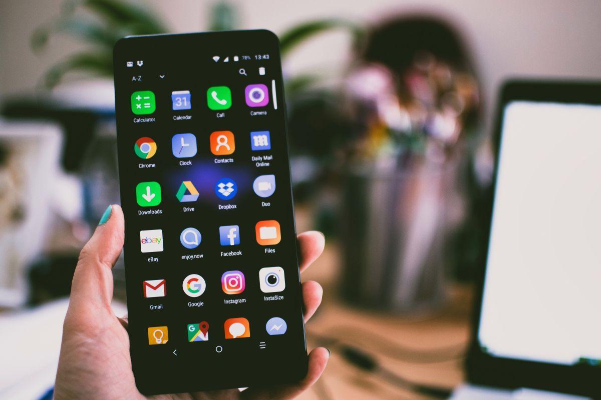 Un poco de mantenimiento alargarían enormemente la vida útil de tu teléfono.