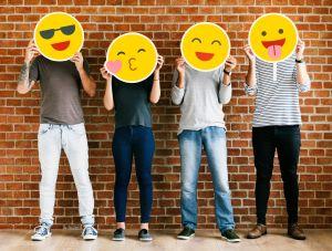 """Google celebra el """"Día Mundial del Emoji"""" con nuevos y atractivos diseños"""