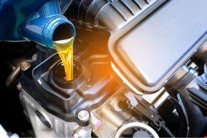 ¿El aceite sintético es malo para los autos antiguos?