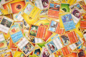 Guardó las tarjetas de Pokémon que coleccionó en su adolescencia y descubre que ahora valen una fortuna