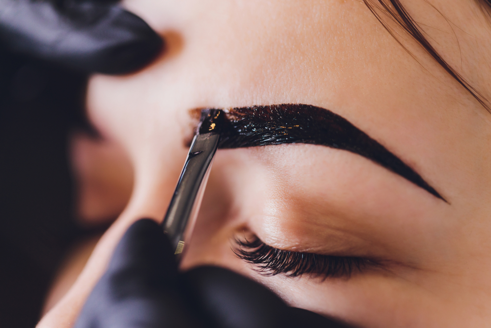 3 Productos Para Pintar Las Cejas Y Que Las Hacen Ver Más Tupidas Por 30 Días La Opinión