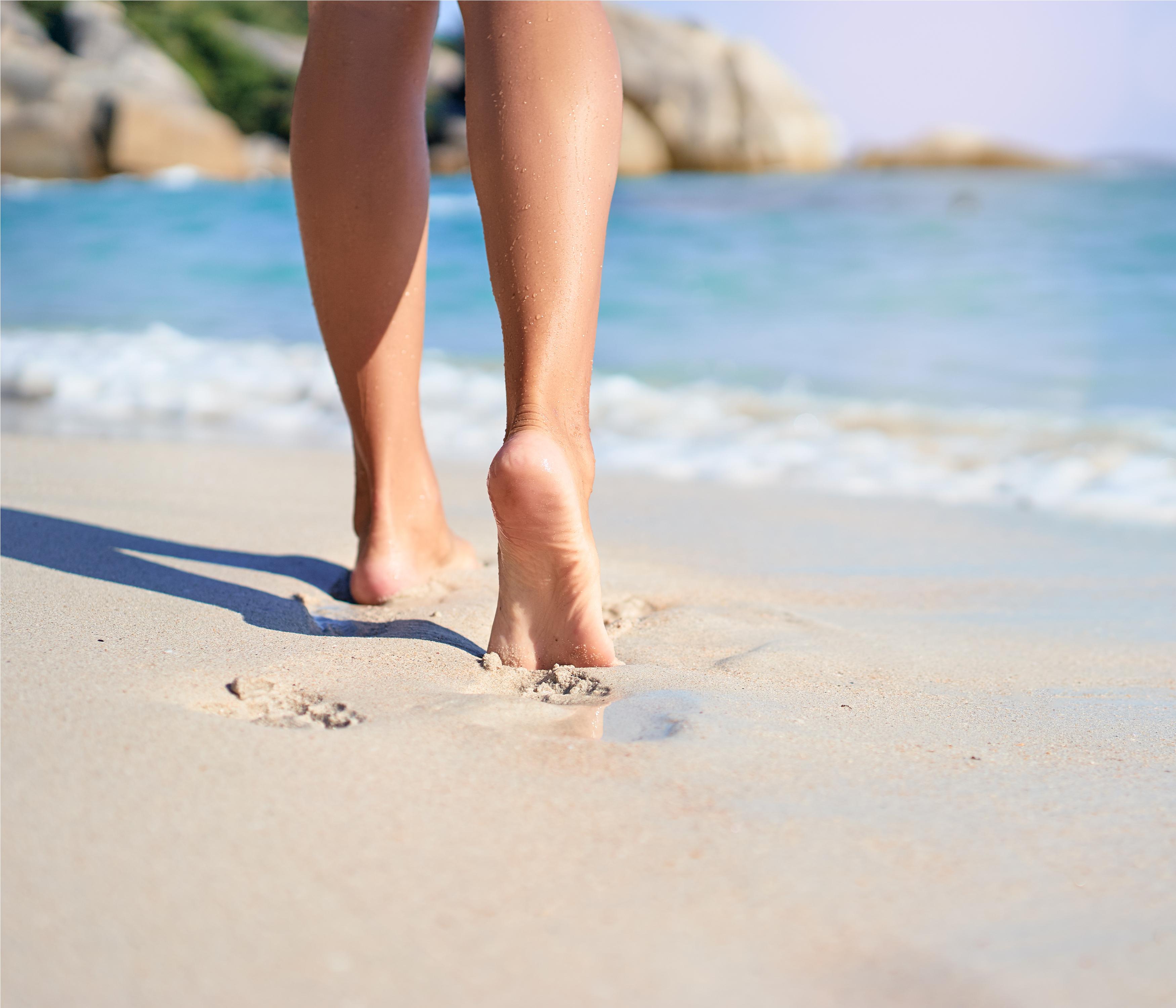 pies arena playa
