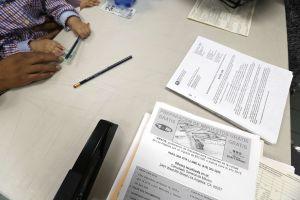 IRS empieza a enviar cheques por intereses de impuestos a más de 13 millones de contribuyentes