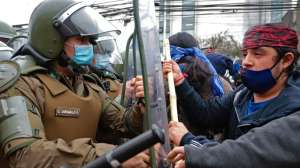 4 claves para entender el añejo conflicto que enfrenta al pueblo indígena y el Estado chileno