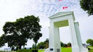 """""""Estadounidenses, vuelvan a su país"""": la tensión que se vive por la covid-19 en la frontera entre EE.UU. y Canadá"""