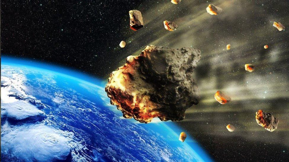 Decenas de meteoritos se destruyen a diario en la atmósfera de la Tierra.