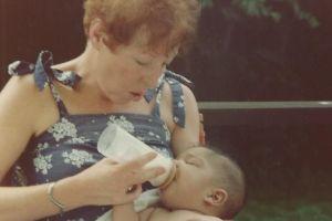 El drama de los bebés extranjeros adoptados por estadounidenses que descubren de adultos que no tienen ciudadanía