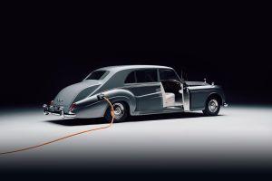 El primer Rolls-Royce eléctrico del mundo es un viaje lujoso y sostenible