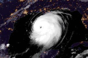 Huracán Laura se pronostica catastrófico en Texas y Louisiana; sistema se intensificará a categoría 4 en las próximas horas