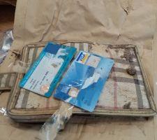 Perdió la billetera hace 20 años y alguien se la regresó ahora