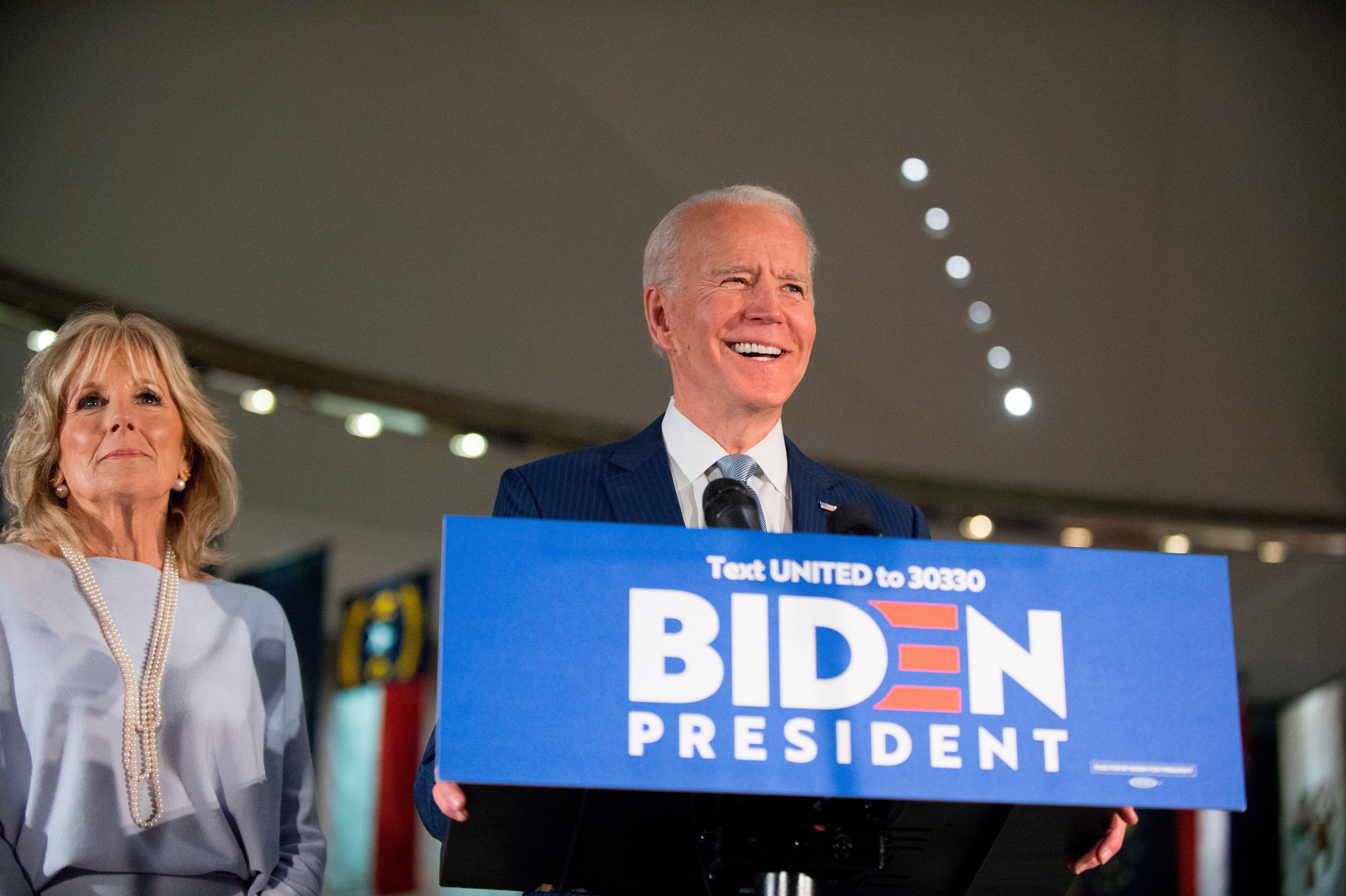 Biden solo ha adelantado que su compañera de fórmula será una mujer.