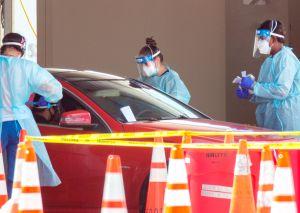 Miami-Dade acumula más casos de COVID-19 que Canadá