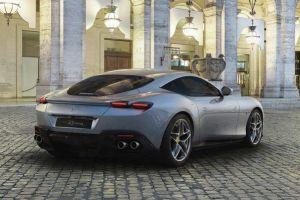 Así es el nuevo Ferrari Roma, un deportivo inspirado en los años 60 que cautiva tus sentidos