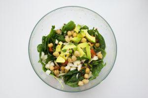 Receta fit: Avena con garbanzos y cúrcuma, carga de fibra, proteína y antioxidantes