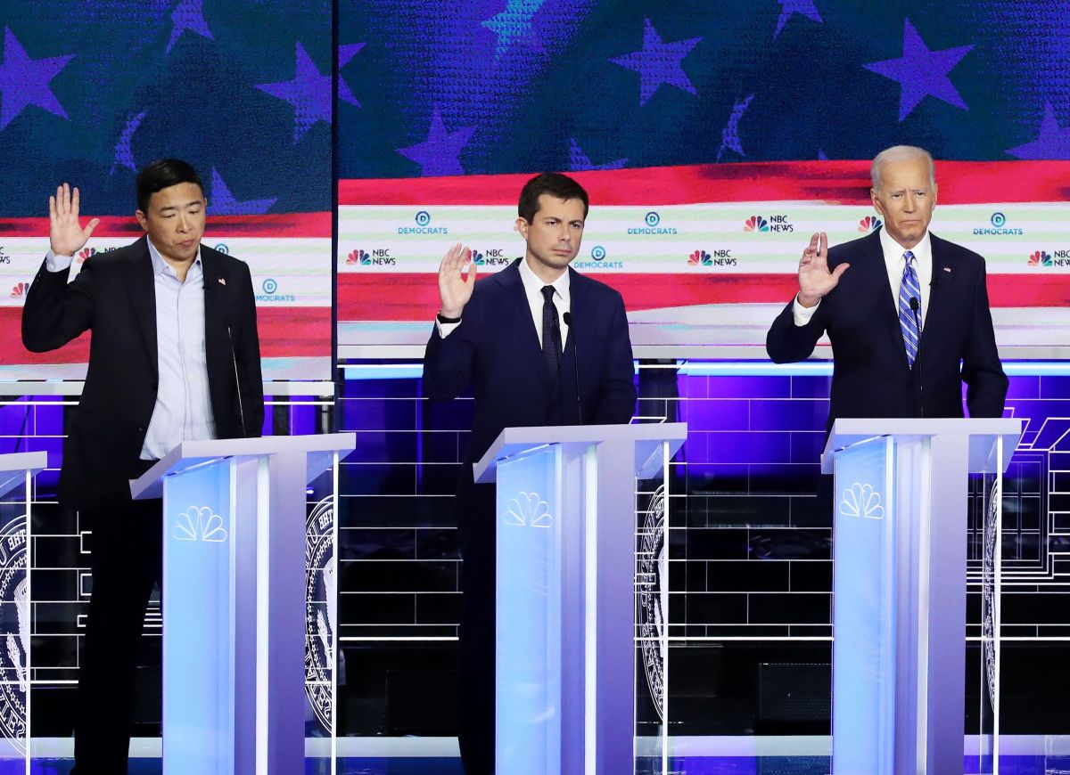 Andrew Yang, Pete Buttigieg y Joe Biden.