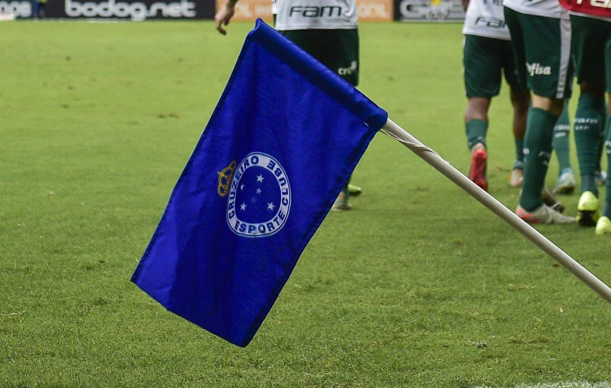 """Ya hay un """"Neymar Mexicano"""" en el Cruzeiro y lo piden en el Tri"""