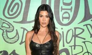Kourtney Kardashian presume ardientes fotos junto a su novio Travis Barker