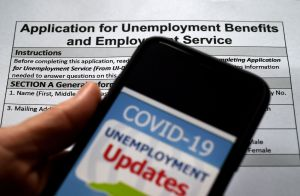 Extensión de $300 semanales por desempleo ordenada por Trump duraría solo tres semanas