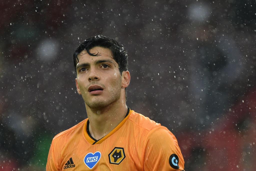 Pese a temporadón, Raúl Jiménez es excluido del equipo ideal de la Premier League