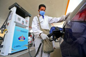 Ahorra en gasolina: 5 automóviles económicos con excelente rendimiento de combustible