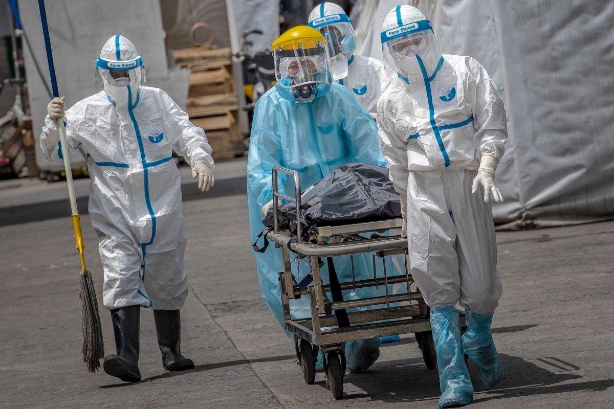 Coronavirus vivo e infeccioso puede permanecer en el aire, señala una investigación en hospital de Florida