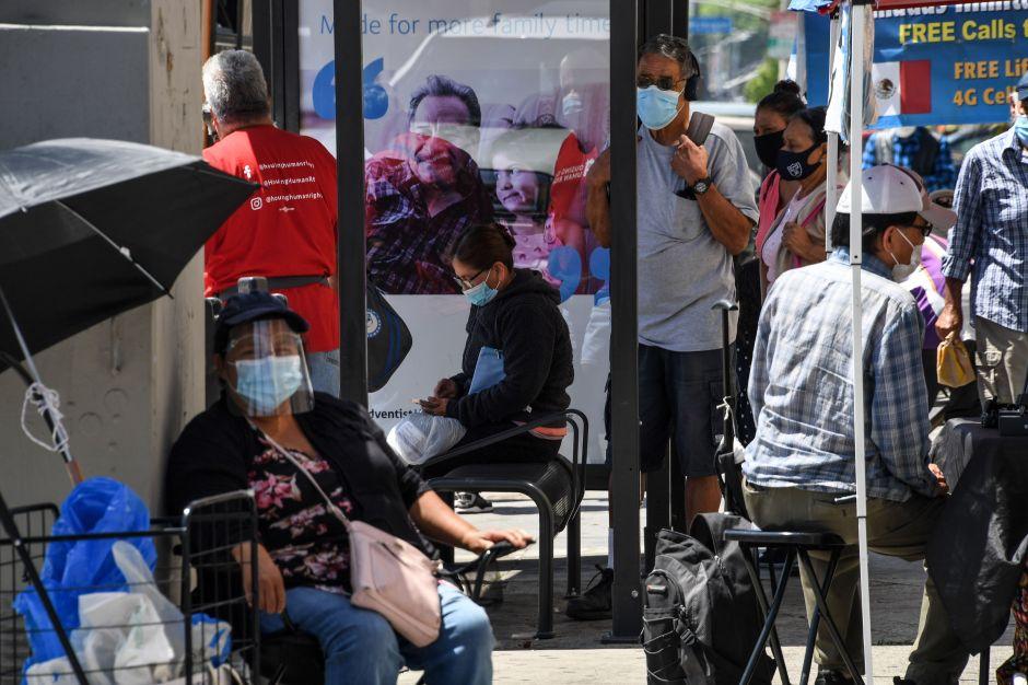 La economía y la salud es lo que impulsa a los latinos a votar, no la migración