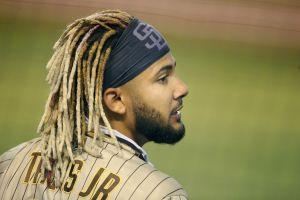 VIDEO: el dominicano sensación Fernando Tatis Jr. literalmente sacó la pelota del estadio
