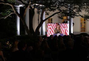 ¿Melania Trump violó reglas con discurso desde Jardín de las Rosas en la Casa Blanca?