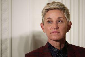 Ellen Degeneres le pide a sus empleados que la miren a los ojos y que hablen con ella