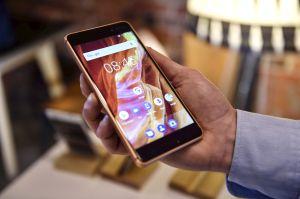 Alianza entre California y Google permitirá enviar alarma sísmica a teléfonos Android