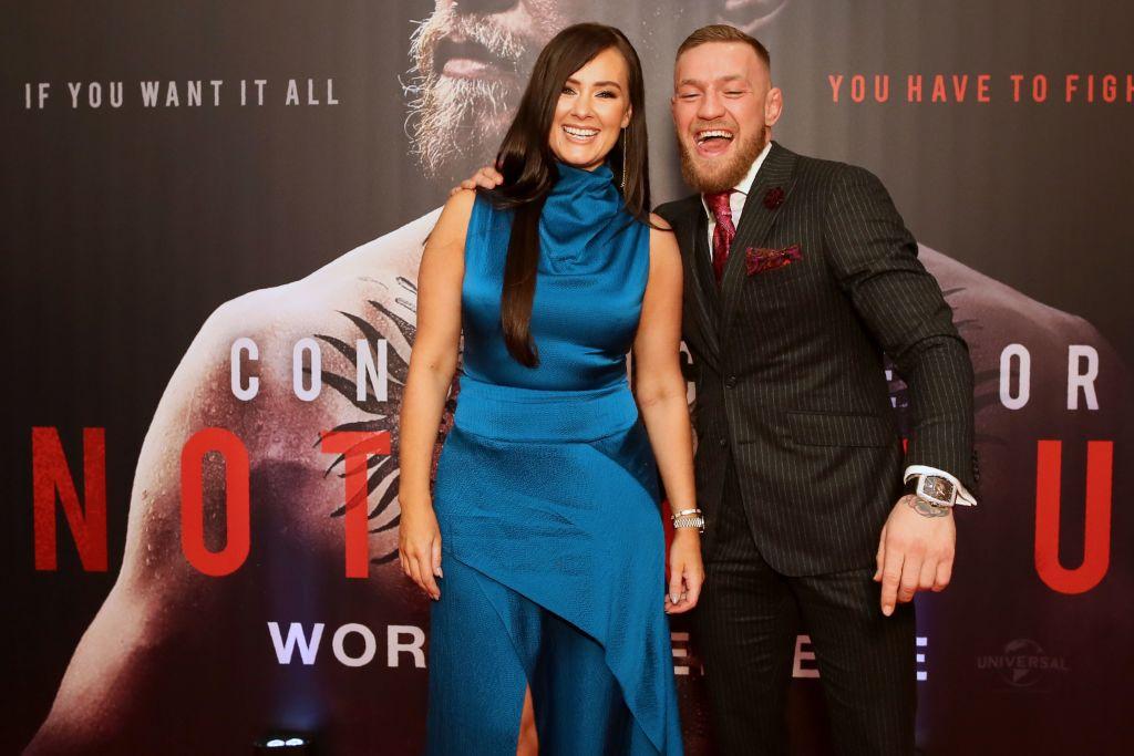 Conor McGregor y Dee Devlin.