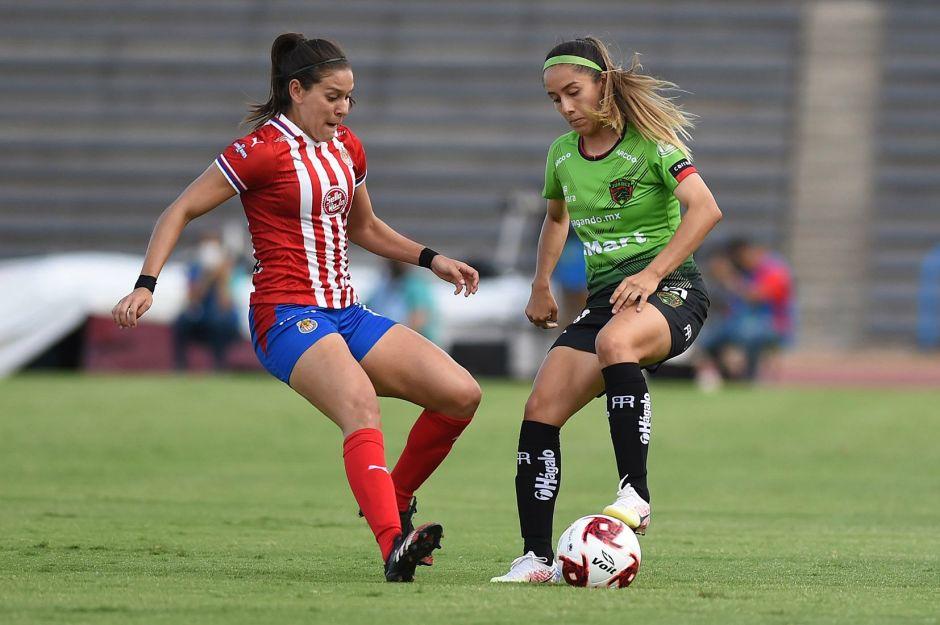 VIDEO: El error más chusco de un árbitro en lo que va del año sucedió en el fútbol femenil mexicano