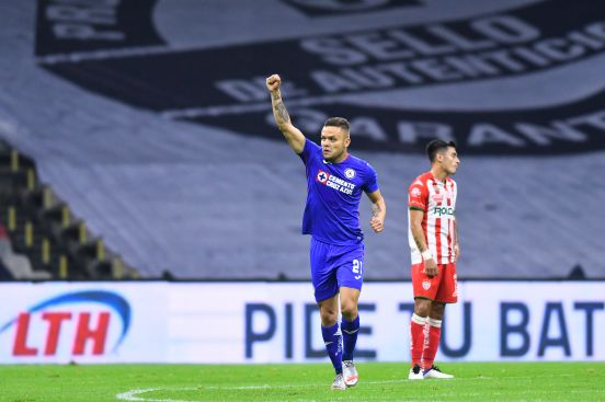 """Cabecita"" Rodríguez anotó su sexto gol del torneo."