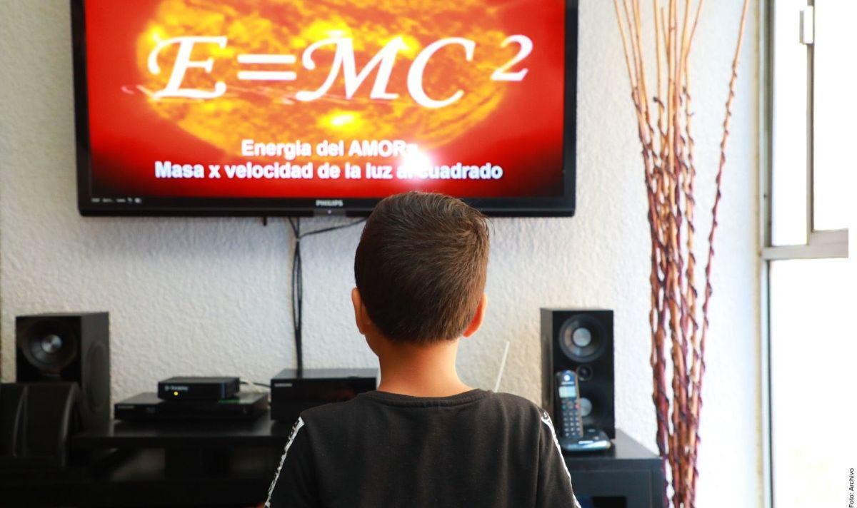 Las clases serán por televisión y en línea.