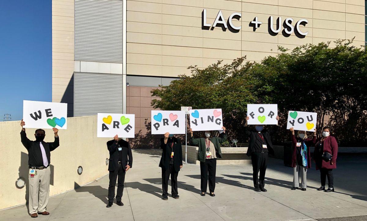 Los capellanes llevan apoyo espiritual a los pacientes. (Cortesía Capellanes del Hospital LAC + USC)
