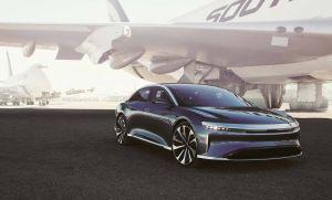 Lucid desafía a Tesla lanzando el auto eléctrico con mayor autonomía del mercado y llegará en septiembre