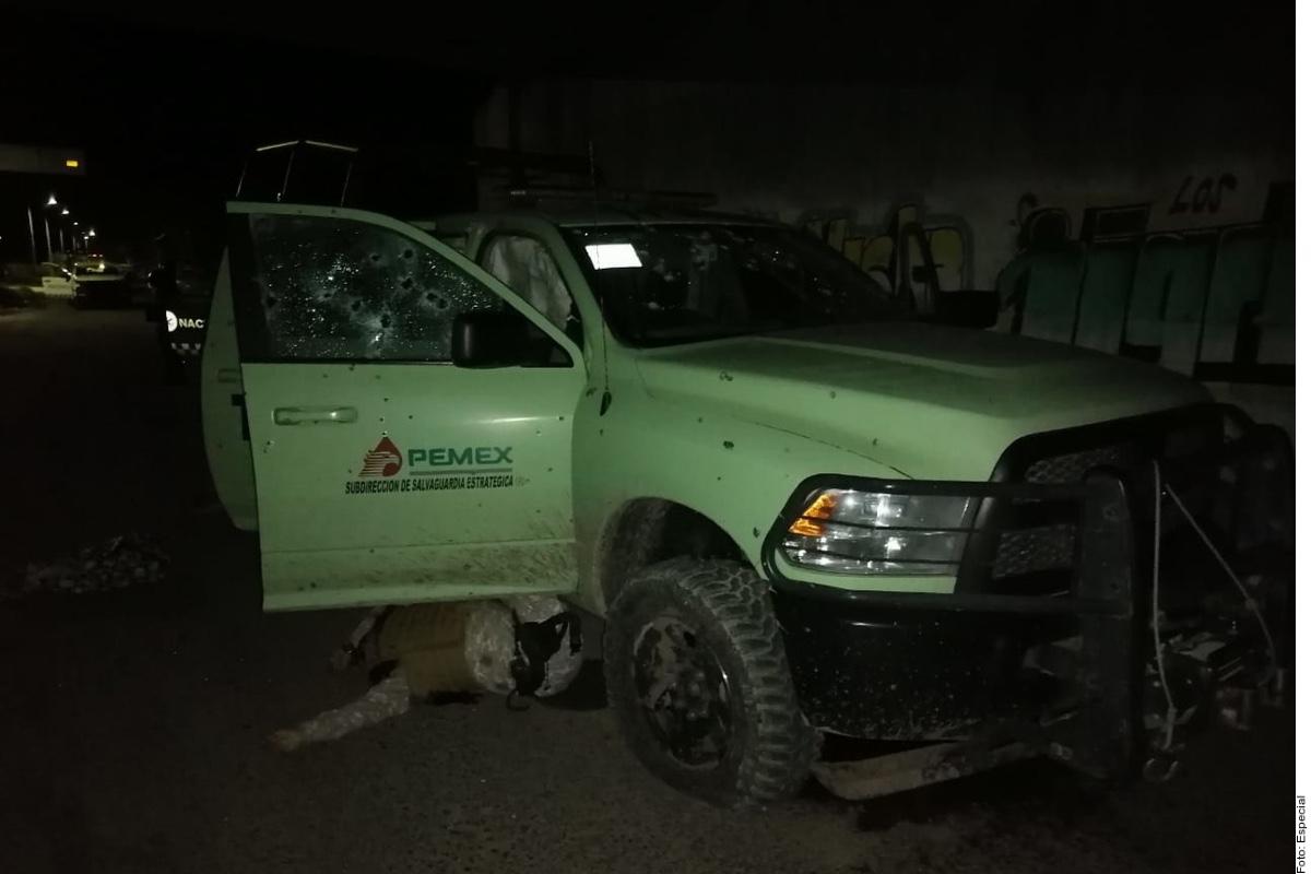 Matan a 4 de Pemex en emboscada