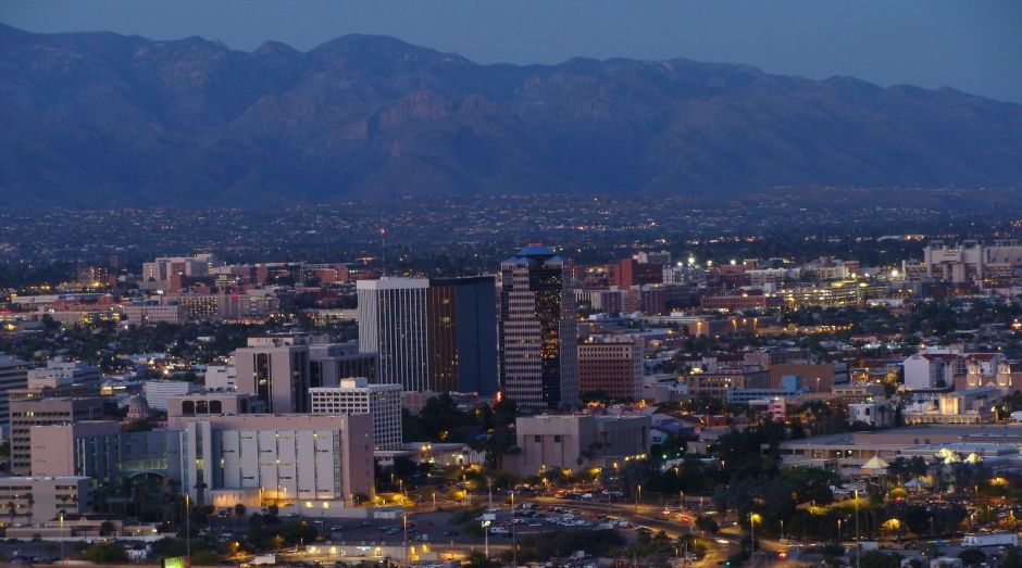 Tucson anuncia otra ayuda económica para familias inmigrantes