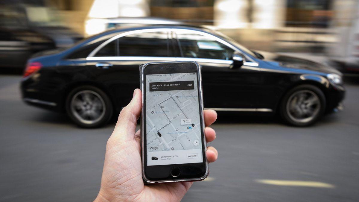 En Gran Bretaña, por decisión judicial los conductores de Uber deben recibir beneficios laborales como empleados