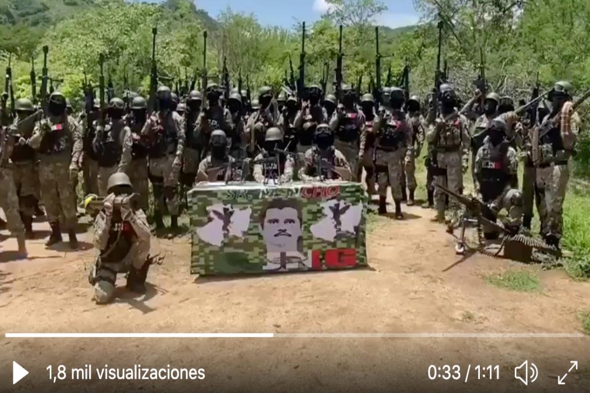 VIDEO: CJNG construye tanque de guerra capaz de disparar