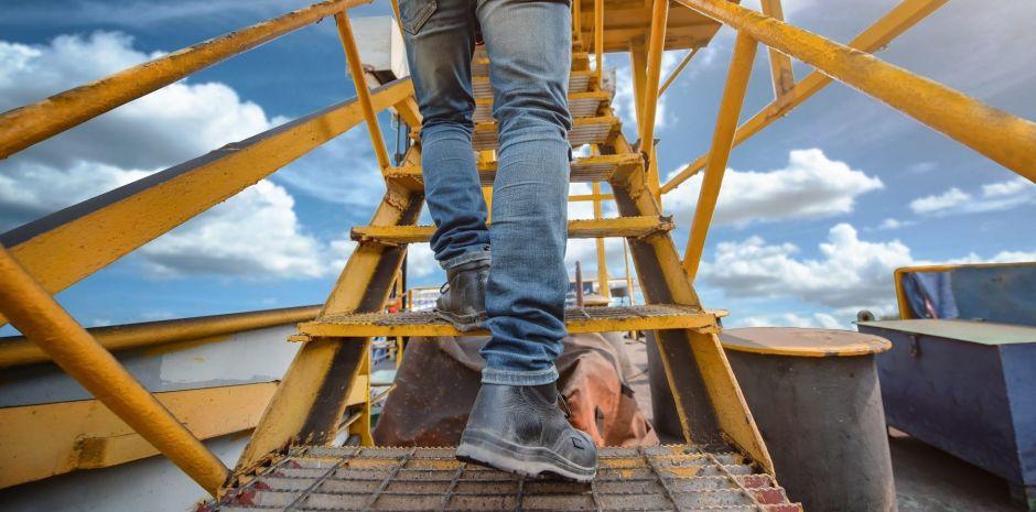 Los mejores zapatos para personas que trabajan al aire libre expuestos a cambios climáticos
