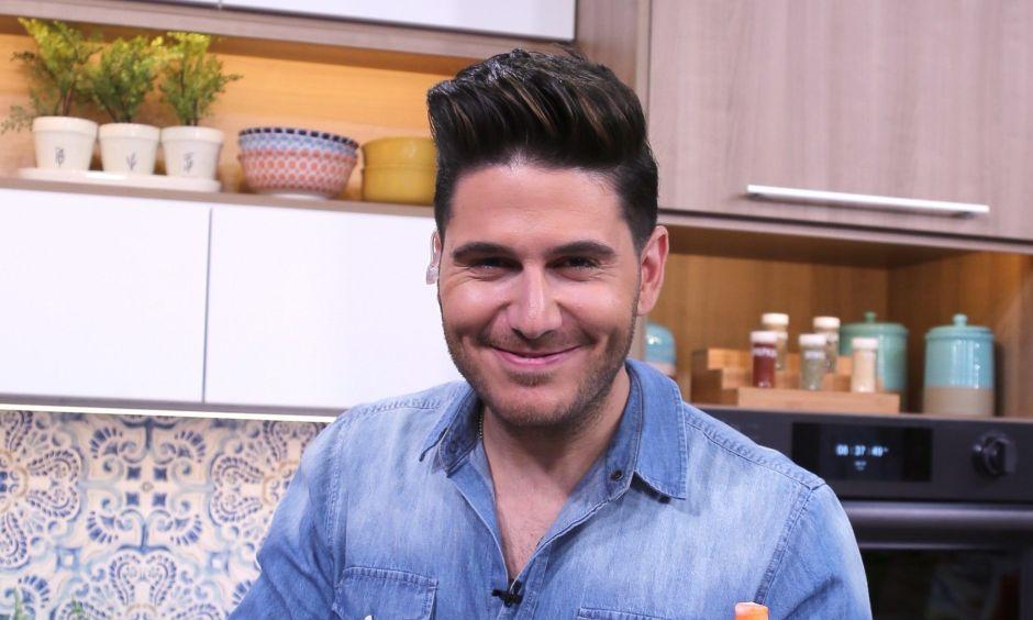 """El Chef James admite su despido: """"La noticia de que no continuaré con la cadena -Telemundo- es cierta"""""""