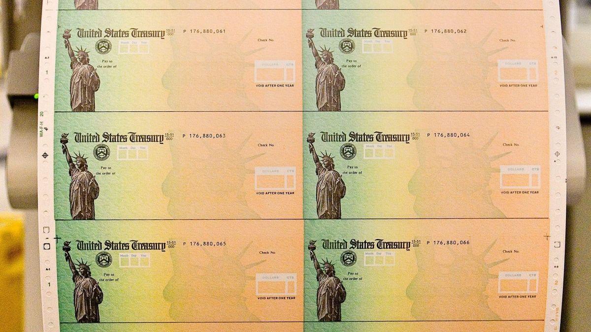 A quiénes mandará IRS el apoyo económico esta semana y la siguiente